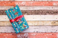 Κιβώτια δώρων με το χρωματισμένο έγγραφο Στοκ εικόνα με δικαίωμα ελεύθερης χρήσης