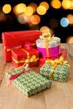 Κιβώτια δώρων με το χρωματισμένο έγγραφο Στοκ Φωτογραφία