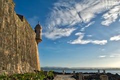 Κιβώτιο σκοπών στον τοίχο στο παλαιό San Juan Πουέρτο Ρίκο Στοκ Εικόνες