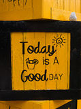 Κιβώτιο σχεδίου κίτρινο Στοκ εικόνα με δικαίωμα ελεύθερης χρήσης