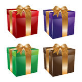 Κιβώτιο δώρων που τίθεται με το τόξο και το σύνολο κορδελλών Στοκ φωτογραφία με δικαίωμα ελεύθερης χρήσης