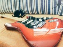 Κιγκλίδωμα Stratocaster που προσαρμόζεται στοκ φωτογραφίες