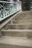 Κιγκλίδωμα σκαλοπατιών πάρκων Στοκ Εικόνες