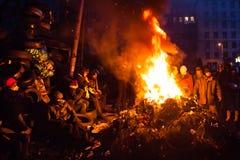 ΚΙΕΒΟ, ΟΥΚΡΑΝΙΑ - 26 Ιανουαρίου 2014: Οι διαμαρτυρόμενοι Euromaidan στηρίζονται και Στοκ Φωτογραφία