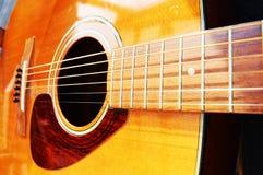 Κιθάρα, κινηματογράφηση σε πρώτο πλάνο Στοκ φωτογραφία με δικαίωμα ελεύθερης χρήσης