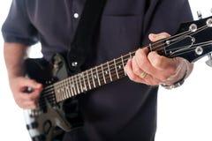 Κιθάρα παιχνιδιού ατόμων Στοκ φωτογραφίες με δικαίωμα ελεύθερης χρήσης
