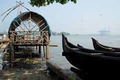 Κινεζικά δίχτια του ψαρέματος, Cochin, νότια Ινδία Στοκ Φωτογραφίες