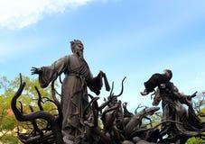 Κινεζικά αγάλματα μυθολογίας στον κινεζικό ναό Στοκ φωτογραφία με δικαίωμα ελεύθερης χρήσης