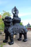 Κινεζικά αγάλματα μυθολογίας στον κινεζικό ναό Στοκ εικόνα με δικαίωμα ελεύθερης χρήσης