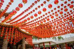 Κινεζικά κόκκινα φανάρια που διακοσμούνται ναός hou thean Μαλαισία Στοκ εικόνα με δικαίωμα ελεύθερης χρήσης