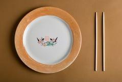 κινεζικά ραβδιά πιάτων Στοκ Εικόνες