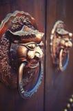 Κινεζικά ρόπτρα πορτών Στοκ Φωτογραφίες
