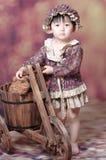 κινεζικά τρίκυκλα κοριτσιών ξύλινα Στοκ εικόνες με δικαίωμα ελεύθερης χρήσης