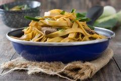 κινεζικά τρόφιμα chow βόειου κρέατος mein Στοκ Εικόνες