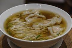Κινεζικά τρόφιμα - wanton νουντλς Στοκ Φωτογραφία