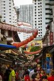 Κινεζικά φανάρια στις οδούς της Σιγκαπούρης Στοκ Φωτογραφία