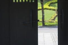 Κινεζικές ξύλινες πόρτες/κινεζικά σχέδια πορτών περίπτερων στη δυναστεία του Tang στοκ φωτογραφία με δικαίωμα ελεύθερης χρήσης