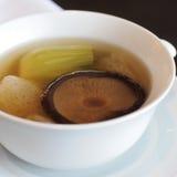 Κινεζικές σούπες μπαμπού με Shiitake Στοκ φωτογραφία με δικαίωμα ελεύθερης χρήσης
