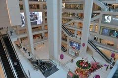 Κινεζικές σύγχρονες αγορές λεωφόρων Στοκ φωτογραφία με δικαίωμα ελεύθερης χρήσης