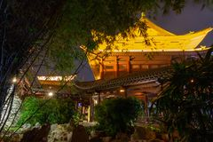 Κινεζική αρχιτεκτονική νύχτας Νησί Hainan, Κίνα στοκ φωτογραφίες