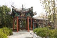 Κινεζική Ασία, Πεκίνο, το παλαιό κτήριο, διάδρομος, περίπτερο Στοκ εικόνες με δικαίωμα ελεύθερης χρήσης