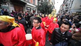 Κινεζική νέα παρέλαση έτους στο Μιλάνο 2014 απόθεμα βίντεο