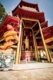 Κινεζική παγόδα ύφους στο ναό σπηλιών τιγρών krabi Ταϊλάνδη Στοκ Φωτογραφία