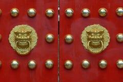 Κινεζική παραδοσιακή πύλη παλατιών Στοκ Εικόνες