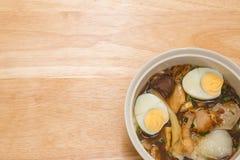 Κινεζική σούπα νουντλς ρόλων Στοκ Εικόνες