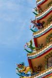 Κινεζική τέχνη αγαλμάτων στην κινεζική στέγη ναών Στοκ φωτογραφία με δικαίωμα ελεύθερης χρήσης