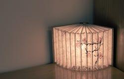 Κινεζικός λαμπτήρας βιβλίων στον πίνακα - εσωτερικό σχέδιο Στοκ φωτογραφίες με δικαίωμα ελεύθερης χρήσης