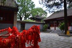 Κινεζικός ναός με τις κορδέλλες Στοκ Φωτογραφίες
