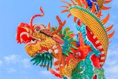 Κινεζικός δράκος στον πόλο Στοκ Εικόνες
