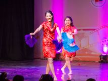 Κινεζικός χορός ανεμιστήρων Στοκ φωτογραφίες με δικαίωμα ελεύθερης χρήσης