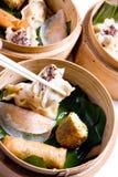 κινεζικό αμυδρό ποσό τροφί&m Στοκ Εικόνα