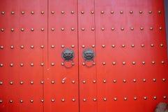 Κινεζικό αρχαίο αρχιτεκτονικό δαχτυλίδι χαλκού πορτών Στοκ Εικόνα