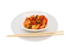 Κινεζικό γεύμα σε ένα κύπελλο Στοκ Εικόνες