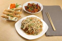 Κινεζικό γεύμα combo για 2-3 ανθρώπους στοκ εικόνες