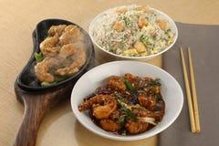 Κινεζικό γεύμα combo για 2-3 ανθρώπους στοκ εικόνες με δικαίωμα ελεύθερης χρήσης
