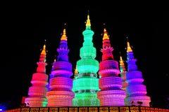 Κινεζικό ζωηρόχρωμο φανάρι πύργων Στοκ εικόνες με δικαίωμα ελεύθερης χρήσης