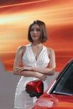 Κινεζικό θηλυκό πρότυπο που φορά το ντεμπούτο ιματισμού δυτικός-ύφους Στοκ εικόνες με δικαίωμα ελεύθερης χρήσης