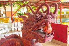 Κινεζικό κεφάλι δράκων που γίνεται από το ξύλο Στοκ φωτογραφία με δικαίωμα ελεύθερης χρήσης