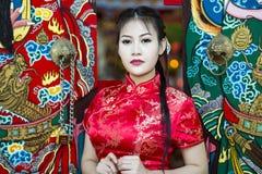Κινεζικό κορίτσι στο παραδοσιακό κινέζικο Στοκ εικόνα με δικαίωμα ελεύθερης χρήσης