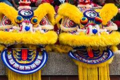 Κινεζικό κοστούμι χορού λιονταριών Στοκ εικόνα με δικαίωμα ελεύθερης χρήσης