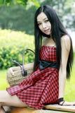 Κινεζικό νέο κορίτσι υπαίθριο Στοκ Εικόνες