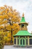 Κινεζικό περίπτερο στο παλάτι Drottningholm μια νεφελώδη ημέρα φθινοπώρου Στοκ Εικόνες