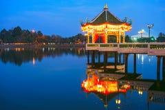 Κινεζικό περίπτερο τη νύχτα Στοκ φωτογραφίες με δικαίωμα ελεύθερης χρήσης