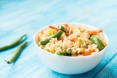 Κινεζικό φυτικό τηγανισμένο ρύζι με το σπαράγγι στοκ φωτογραφία