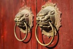 Κινεζικό doorknocker Στοκ εικόνες με δικαίωμα ελεύθερης χρήσης
