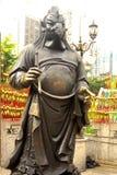 Κινεζικό Zodiac ανάστημα κοκκόρων χαλκού σε Sik Sik Yuen Wong Tai Sin Στοκ Εικόνες